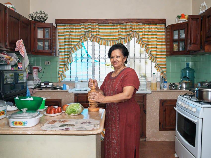 Tia Chea in the Kitchen